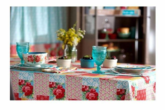 NEW Pioneer Patchwork Tablecloth Cloth