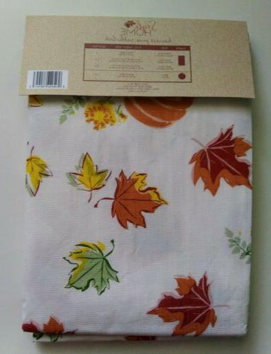 """Style """"Maple Pumpkins"""" Fall Tablecloth Square"""
